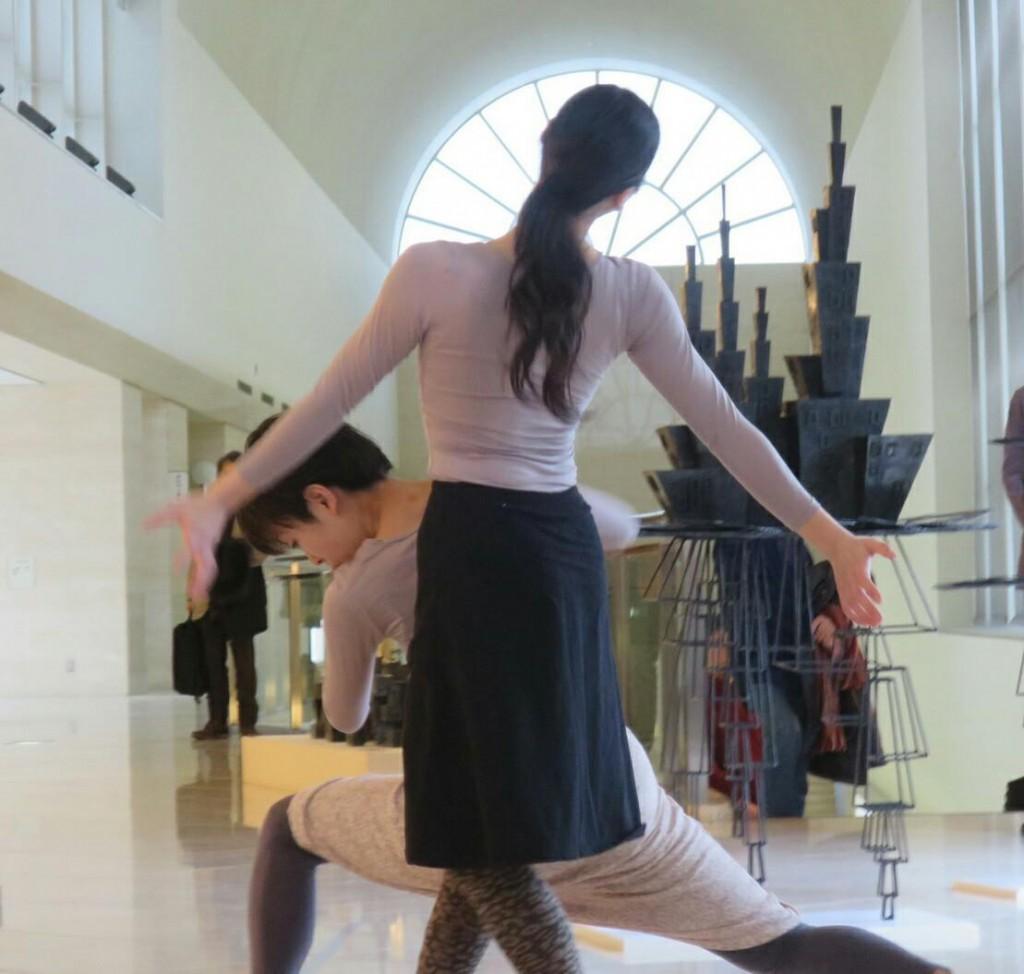 ダンスパフォーマンス